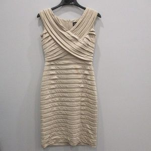 Adrianna Papell Gold Dress Size 8 Cocktail